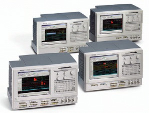 TLA5203 - Tektronix Logic Analyzers